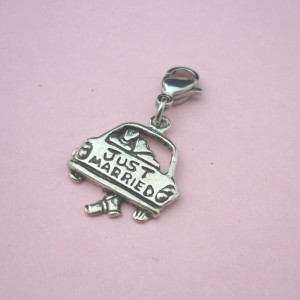 just-married-charm-2154-p