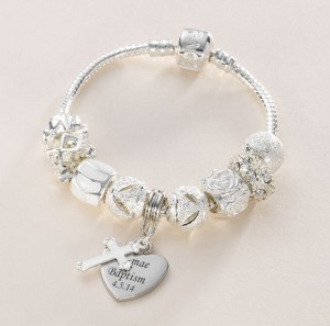 charm-bead-bracelet-in-white-with-engraved-charm-897-p